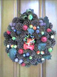 Christmas%20wreath_resize.jpg