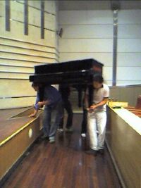 Pianomove_resize.jpg