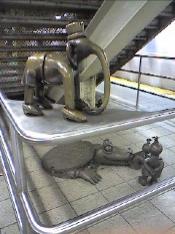 subway%20elephant_resize.jpg
